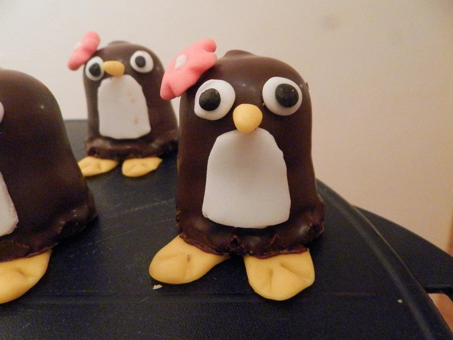 Zoete traktatie pinguïn zoenen 3