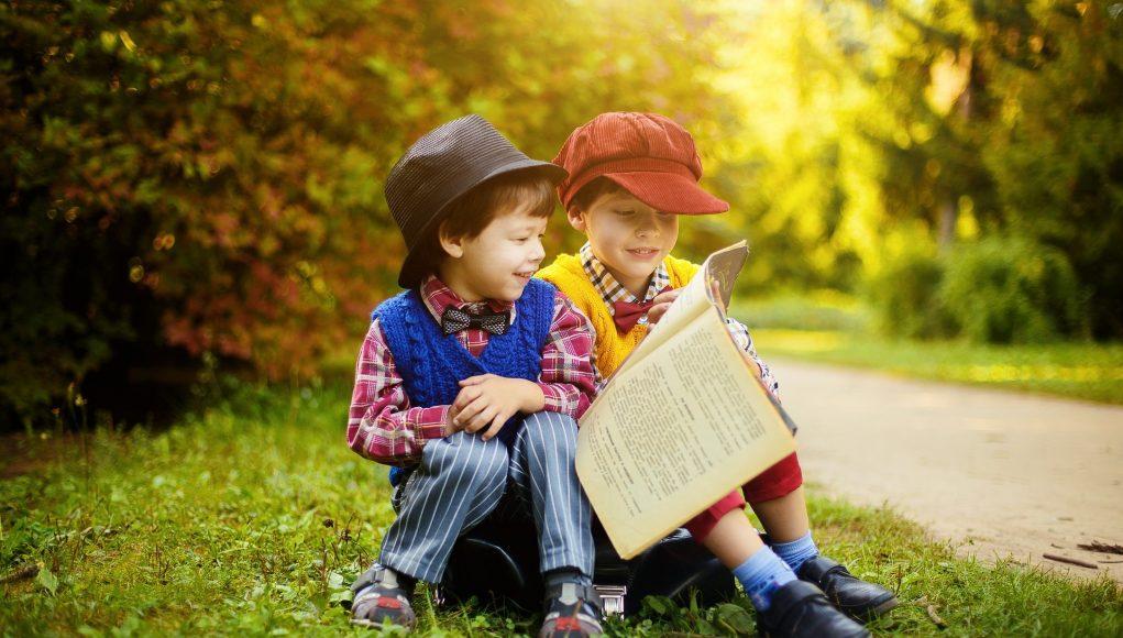 Tips om je kind te helpen met lezen