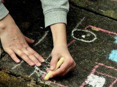 50 Tips om kinderen te vermaken tijdens Corona binnen en rondom het huis