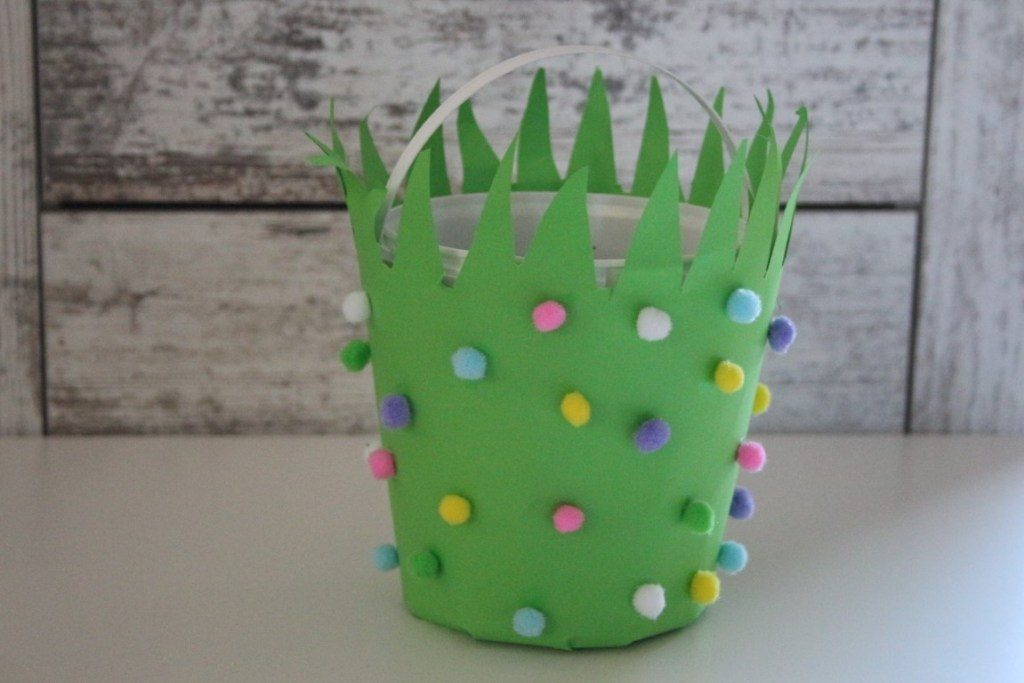 Pasen DIY en Paasknutsels voor kinderen paasmand