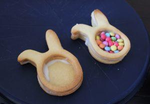 Recept Pasen piñata koekjes speciaal voor kinderen gestapelde koekjes