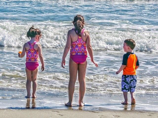 10 Tips om veilig de zomer door te komen met je kind zwemmen