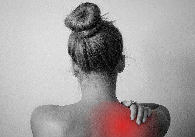 Buitenbaarmoederlijke zwangerschap oorzaak, symptomen en behandeling schouderpijn