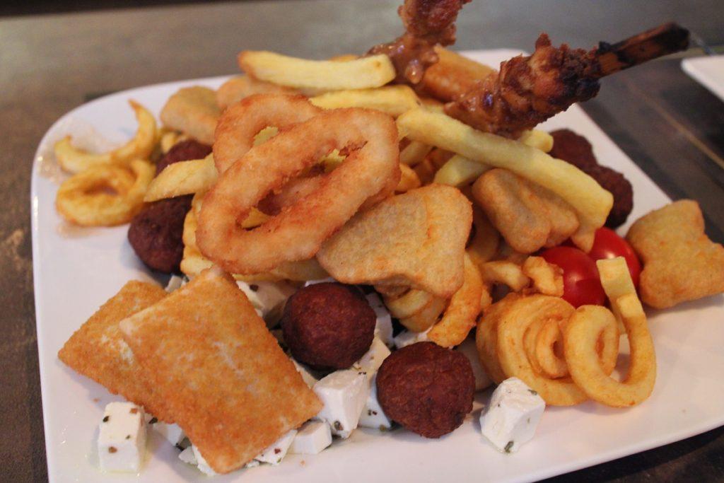 Onbeperkt eten, drinken en fun bij Fusion Dome Ede fast food