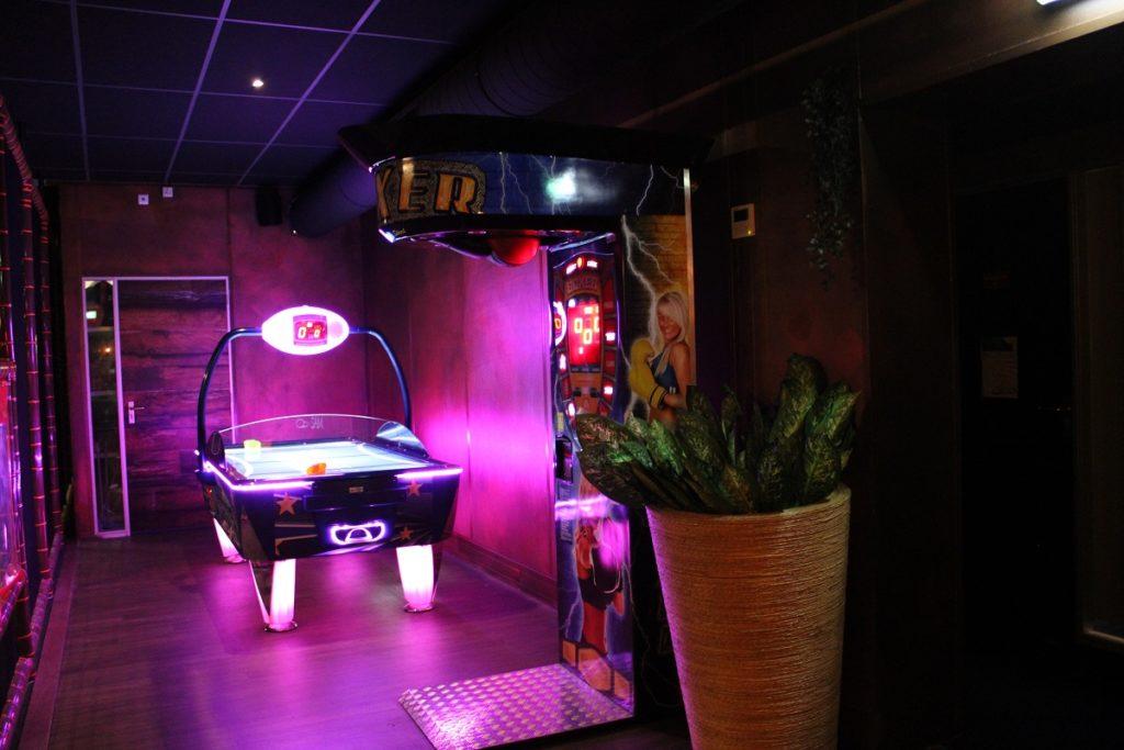 Onbeperkt eten, drinken en fun bij Fusion Dome Ede games