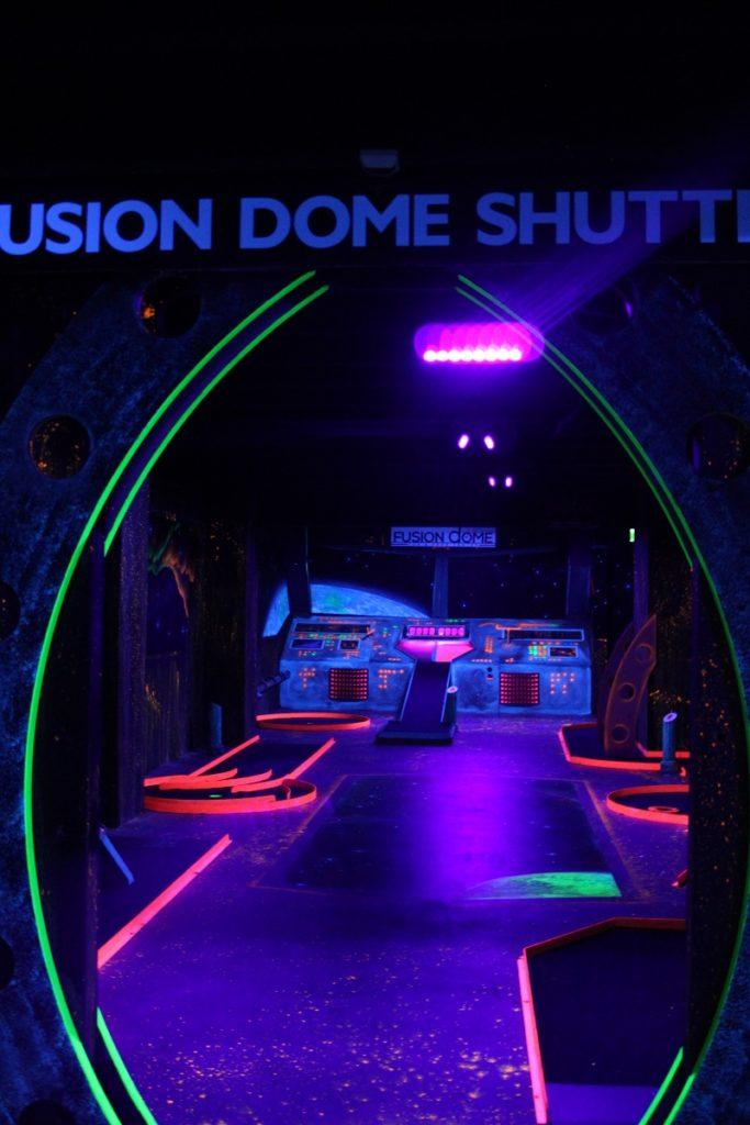 Onbeperkt eten, drinken en fun bij Fusion Dome Ede mini golf