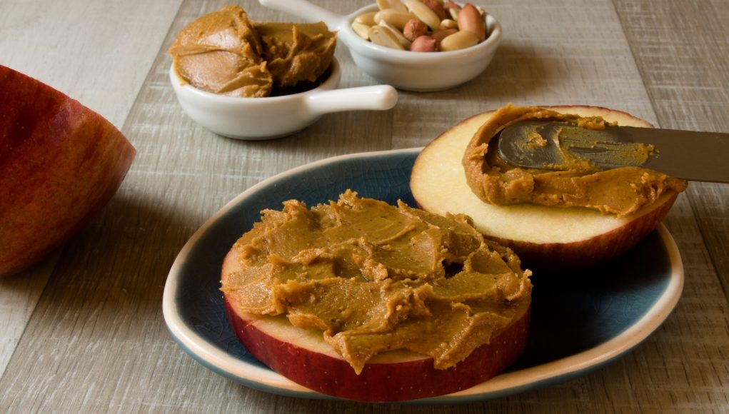 Zwangerschap cravings van vreetbuien tot rare cravings pindakaas appel