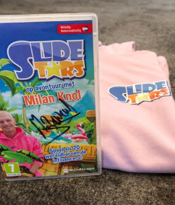 Winactie gesigneerde versie van Slide Stars en hoodie door Milan Knol gesigneerd
